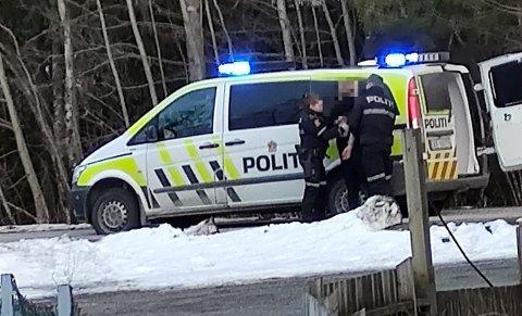 Femgslet: En mann i begynnelsen av 20-åra ble pågrepet etter å ha truet ansatte på Coop Prix i Namsos i april. Nå er det klart at han må sitte i varetekt fram til rettssaken starter i juni.