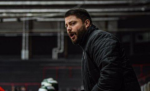 Martin Jansson (33) er sportsjef og leder for sport og spillerutvikling i Nidaros Ishockeyklubb, og jobber for større åpenhet om psykisk helse.