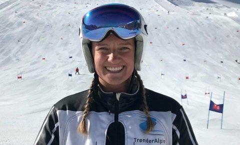 AMBISIØS: Selv om hun foreløpig står utenfor landslag, så er ikke 20 år gamle Mariel Kufaas fra Tromsø klar til å gi slipp på alpindrømmen ennå. Derfor takket hun nei til et lukrativt tilbud om å bli collegealpinist i USA, og vil bruke det neste året på å kjøre seg inn på landslaget med base i Norge.