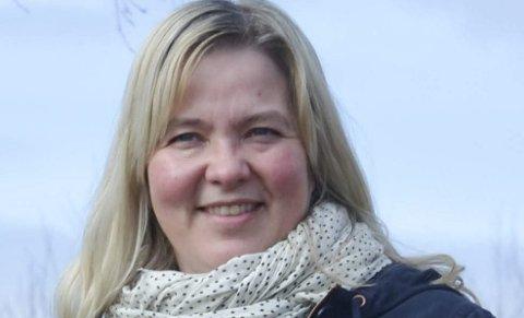 NY BRUK: Løten-ordfører Bente Elin Lilleøkseth ønsker luftambulansebase på Husum, når kontrollstasjonen flyttes til Ånestad.
