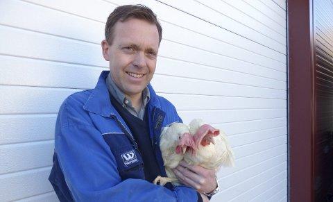 Flemming startet med høner allerede som sjuåring. Nå lever han godt av det.