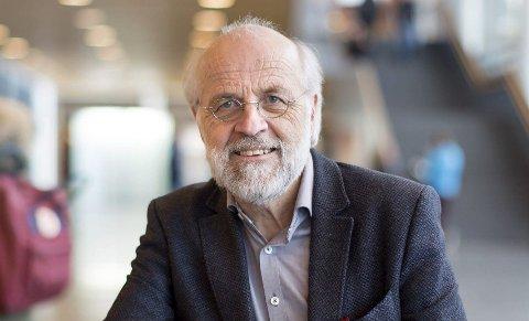 FORNØYD: USN-rektor Petter Aasen er fornøyd med tallene.