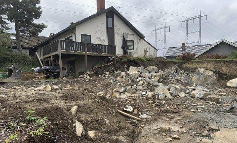 GODT I GANG: Det er gravd og gjort andre grunnarbeider i for-bindelse med at det skal bygges opp igjen nytt drivhus på Stridsklev.