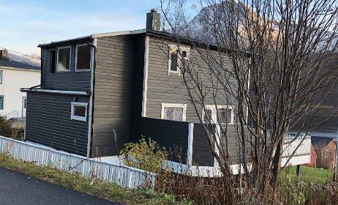 SOMMER: Om sommeren er det mye turister på Senja, Söderman håper at huset kan være interessant for de som driver utleie.