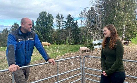 ENIGE OM MYE: Bonde Kristian Hovde og dyreverner Norun Haugen er enige i at Norge må være best på dyrevelferd.