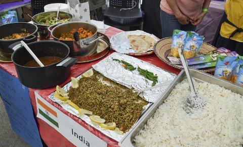 Mat fra hele verden, blant annet fra India, Ethiopia, Mexico og Eritrea. Mange spennende smaker!