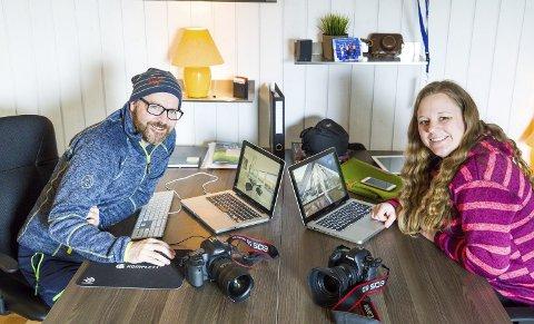 PAR PÅ JOBB OG HJEMME: Espen Groven og Helene Rodvang er partnere både på jobb og i fritiden. – Det er supert å drive fotostudio sammen, sier de.