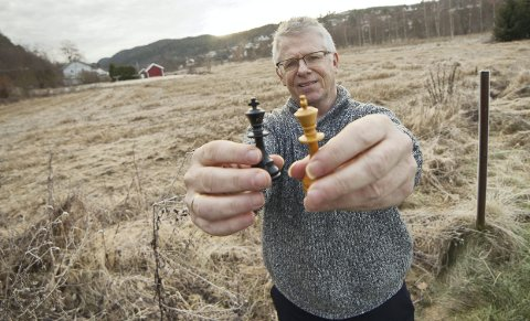 GLEDER SEG: Asle Lien håper de blir mange på lørdagens romjulsturnering i sjakk. Arkivfoto: Henning Jønholdt