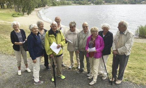 GLAD GJENG: Humøret er på topp blant naturstifinnerne på Hernestangen. Røyken Pensjonistforenings Olsok-markering byr på aktiviteter og samvær.