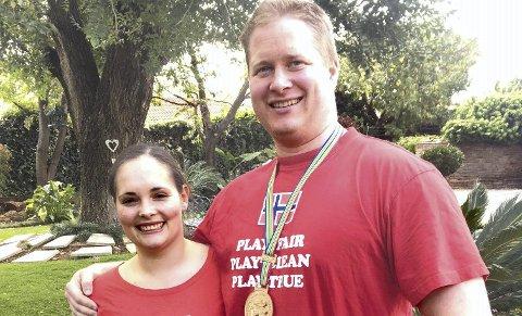 DELTOK SAMMEN: Ruth Kari Krokeide og Per Marius Hole deltok begge i VM i Sør-Afrika. Det ble bronse på Per MariusFOTO: INNSENDT