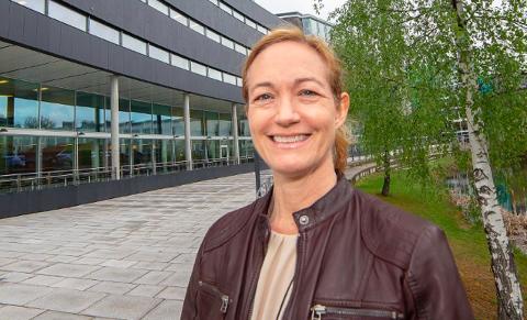 SONDERER: Daglig leder i Statkraft Tofte AS, Trude Fjeldstad, sier de har følere ute for å se om det er ønske om en næringspark på Tofte.