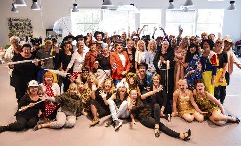 DRØMMEFANGERE: Gjengen i Torsketruten skal oppfylle mange drømmer når de har premiere på sin jubileumskonsert i Hjertnes i november.