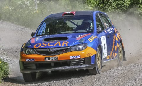 Gikk fort: Oscar Solberg og kartleser Øyvind Beckstrøm fikk opp farten utover dagen etter at kartleserlyden forsvant på de første etappene.