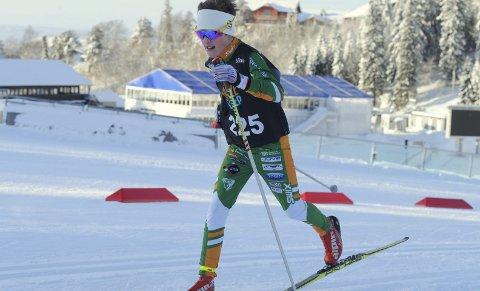 I TOPPEN: Sivert Ekroll gikk inn til en knallsterk tiendeplass i Ungdommens Holmenkollrenn.foto: Svein halvor moe