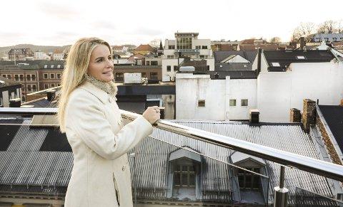 INSPIRASJON: Ann Kristin Medalen fra Porsgrunn håper boken kan inspirere og gjøre leseren glad. foto: Fredrik Strøm