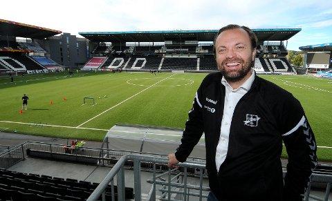 TIL GENEVE: Einar Håndlykken reiste mandag til Geneve for å være med på generalforsamling i ECA. foto: ole martin møllestad