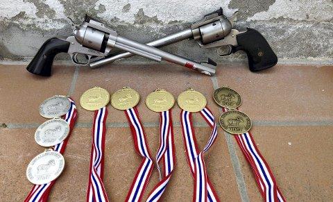 Sigbjørn Bredesen fikk meg seg fire gull, tre sølv og to bronse fra NM.
