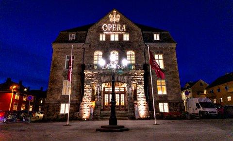 Operaen i Kristiansund har ikke tatt en endelig avgjørelse for hva som blir skjebnen for Operafestukene 2021.