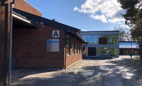 HJEMMESKOLE: Elever og lærere som kommer fra Horten kommune må kommende uke ha hjemmekontor og hjemmeundervisning.