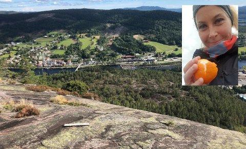 Sarah Igland tar både treningsturer og familieturer til Trogfjell, så denne toppen bestiger hun flere ganger i uka. Fjellet har en fantastisk utsikt over Åmli sentrum.
