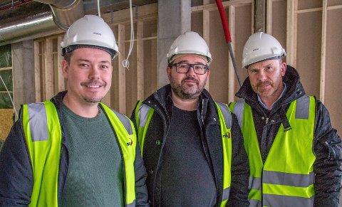 ETTERLENGTET:Det skal i hvert fall ikke stå på navnet når disse tre nittedølene etter planen åpner restaurant i nye Mosenteret i oktober; f.v. Martin Ringlander, Jørn Scholz og Torbjørn Sørlie.