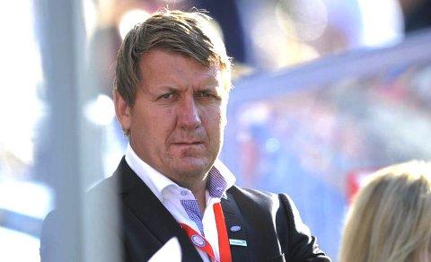 Nesodden fotballs styreleder Pål Breen har lang fartstid i Vålerenga, og nå er en samarbeidsavtale på plass mellom klubbene. Og 8.mai kommer Vålerenga til Berger.