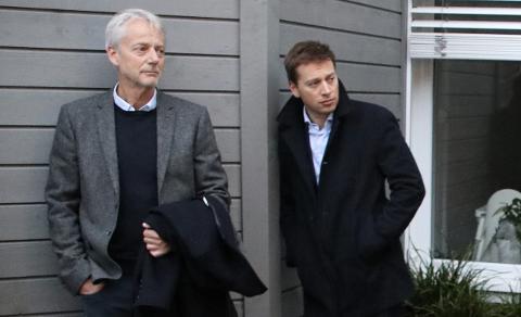 Administrativ leder Svein Vangen i Listerrådet og ordfører Jonny Liland (Ap) i Sirdal.