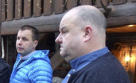 Geir Løne og Lars Løne kjemper om smalahove-gården på Voss.
