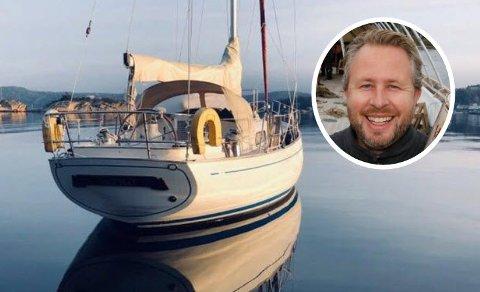 Ny virksomhet: Med denne seilbåten vil artisten Alexander Hermansen selge pakketurer i Hvaler-skjærgården.