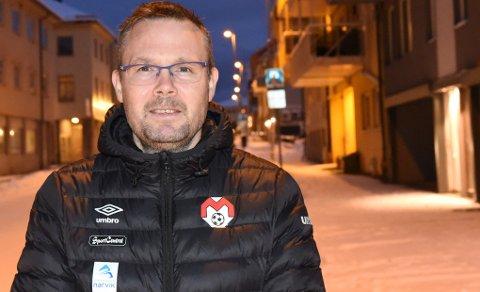 Tage Karlsen er overveldet over hvor stor interesse det er for trenerjobben i Mjølner.