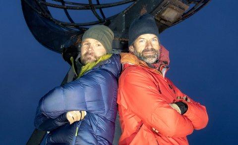 """Øystein """"Pølsa"""" Pettersen knivet med programleder Jon Almaas helt til det siste i """"71 grader nord - Årets tøffeste kjendis""""."""