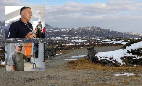 DØDE PÅ JAKTTUR: Øivind Bergh på Rustfrie Bergh og Kjell Arne Nest hos Oppland Pulverlakk forteller om sine ansatte som ble funnet omkommet søndag.