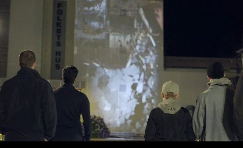 FOLKETS HUS: Nordic Media Lab illustrerte hvordan et jordskjelv kan være i Halden. Her raser Folkets hus.