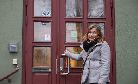 NY FINANSIERING: Avdelingsdirektør Lillian Nyborg ønsker ny finansiering av museet i Østre kurtine på Fredriksten festning.