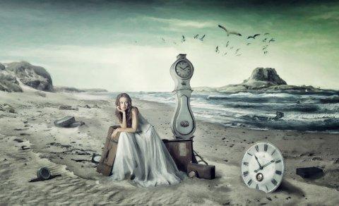 KLOKKE: Dette bildet av ei dame, ei klokke og en strand har imponert den norske juryen.