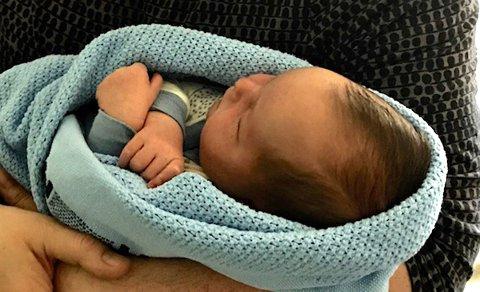 Han har ikke fått noe navn ennå, Marie Antoinette Andersens første tipptippoldebarn, født på Mo i forrige uke.