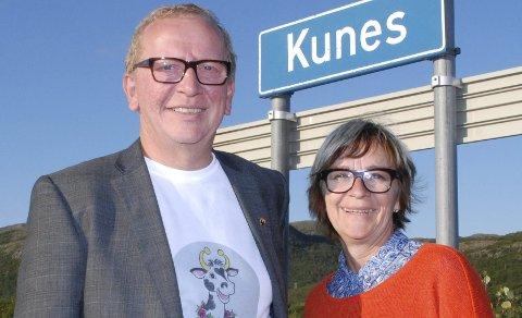 SATSER IGJEN: Sjefen for Kunesdagan, Alf Edvard Masternes, kan igjen vise til et spennende program. Hans søster Bjørg Masternes hører også til den harde kjernen bak.