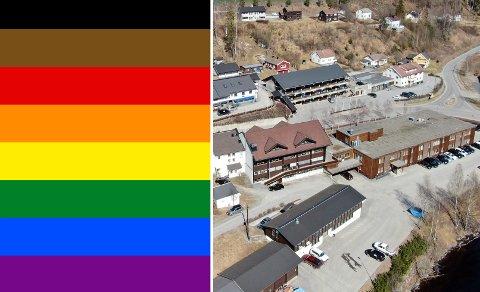 FLAGGES: Nå skal det flagges med regnbueflagget ved kommunehuset i Nore og Uvdal.