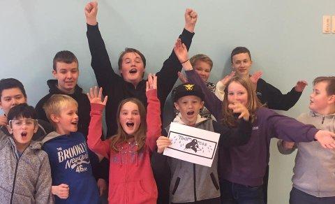 Team Orcas: Elevene ved Strønstad skole deltar også i år i First Lego League. Nå er de klar for regionsfinale i Harstad 11. november.