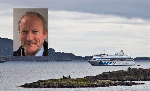 Havnesjef Kjell Jakobsen (innfelt) sier at Vestvågøy kommune taper millioner på at cruiseanløpene uteblir i år.