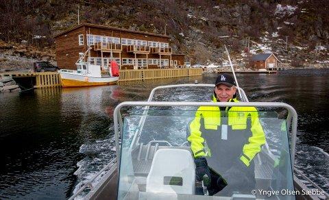 GRÜNDER: Daglig leder Ingvard Johansen ved Ersfjordbotn Brygge er blant dem som ønsker strengere regelverk.