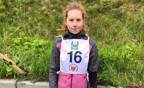 VANT: Emma Eliassen fra Lakselvdal Skytterlag vant NNM i skogsløp i Bodø i går. Da slo hun også alle guttene i samme aldersklasse.