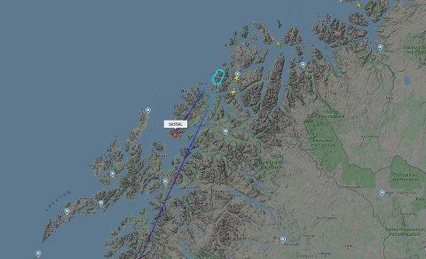 KUNNE IKKE LANDE: Her er ruta til SAS-flyet som skulle landet i Tromsø fredag kveld.