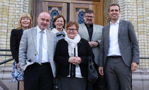 Fra venstre: Synnøve Søndergaard - fylkessekretær LO Troms, Ivar Kristiansen - NHO Nordland, Rita Lekang - LO Nordland Finnmark, Marit Helene Pedersen - NHO Finnmark, Stig Kjærvik - Næringsarena Hålogaland, Christian Chramer - NHO Troms.
