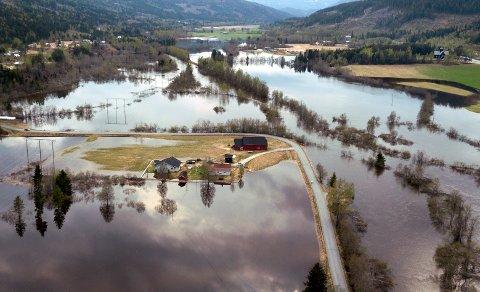 FLOM: – En av grunnen til at vi fortsatt kan ta hele Norge i bruk, er en naturskadeordning som verden misunner oss, skriver artikkelforfatteren.