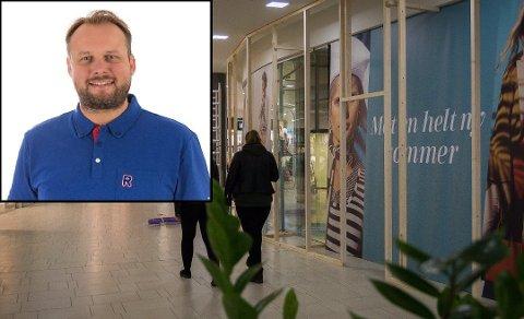 NYÅPNING: Kjøpmann Runar Espenes (innfelt) starter opp Rema-butikk i de tomme lokalene etter Toys R Us på Ski storsenter.