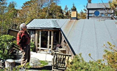 Kunstnerbolig?: Antonio Bibalo bodde i denne hytta på Gon før han døde. Nå kan hytta bli bolig og arbeidsstede for kunstnere og stipendiater. Arkivfoto: Svend Einar Hansen