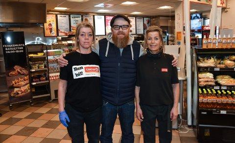 LOKALE ARBEIDSPLASSER: Det handler om de ansatte, fastslår Roger Haugen. Her med Fride Enger (til venstre) og Anne Lise Nordstad.