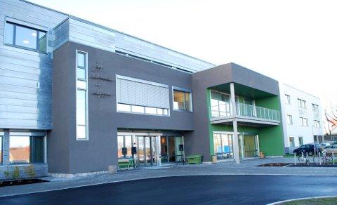 Kjølerommene ved sentralkjøkkenet på Smidsrød Helsehus har fått fuktskader.