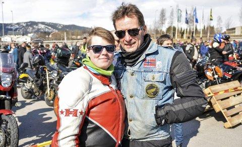 PÅ TUR: Bent Magne Olsen tok med datteren Hege Saur på motorsykkeltur.